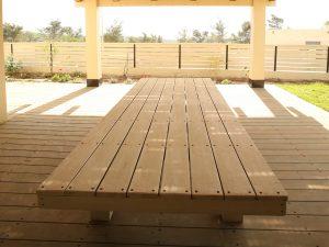 שולחן אבירים מעץ