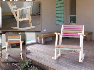 כסאות נדנדה מעץ לחצר צבעונית